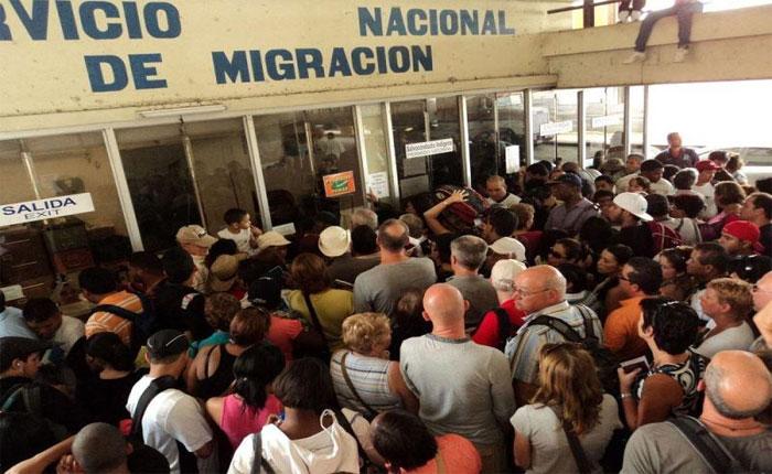 Restricciones migratorias aumentan incertidumbre de venezolanos en Panamá