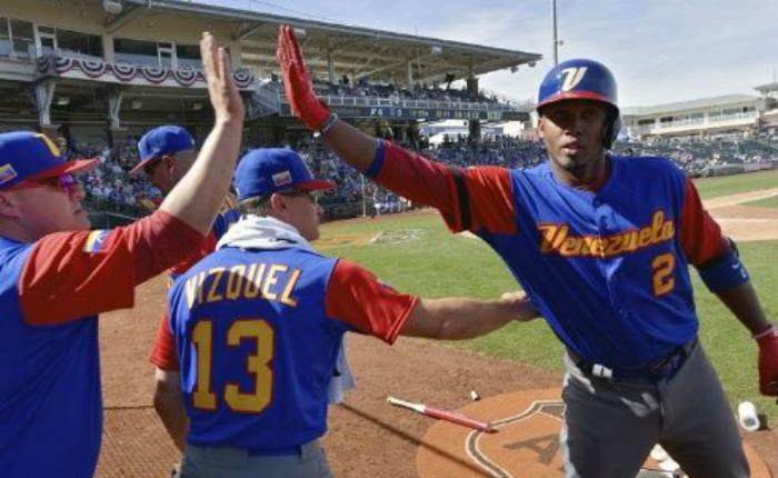 Venezuela sufrió, pero consiguió primer triunfo en Clásico Mundial de Beisbol