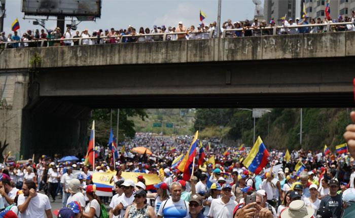 Oposición anuncia agenda de protestas para próximos días