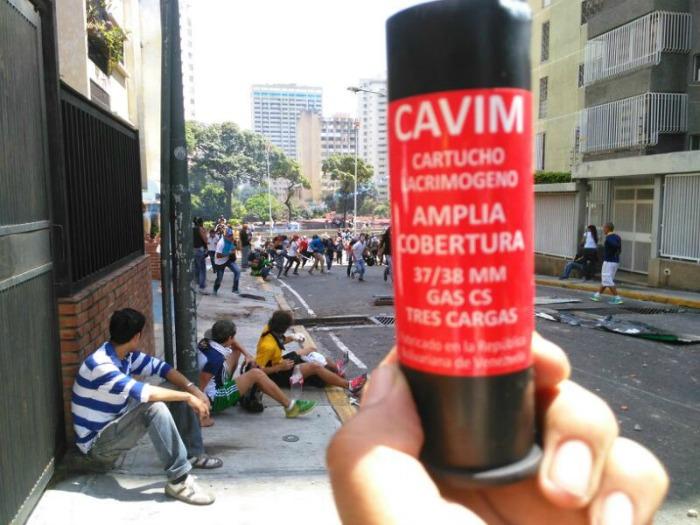Bomba-lacrimógena-Cavim
