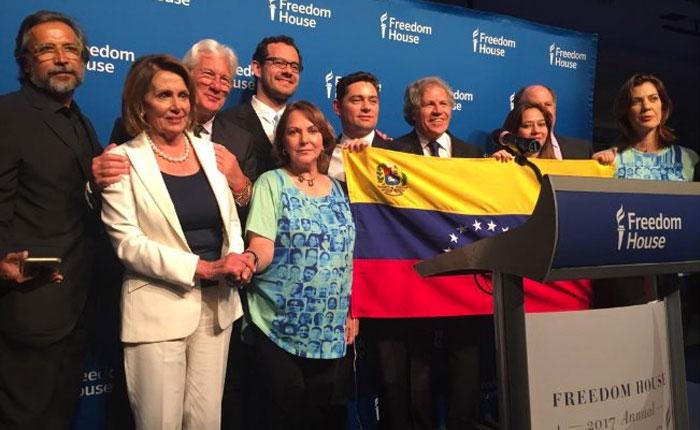 """Almagro promete llevar su premio Freedom House a una Venezuela """"democrática"""""""