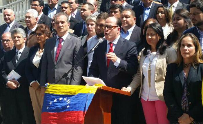 Julio Borges a la FANB: ustedes también son pueblo y también sufren la crisis que vive el país