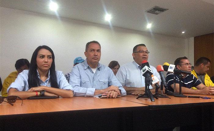 """Mesa de la Unidad convoca a """"Gran Plantón"""" este lunes #24Abr en Altamira"""