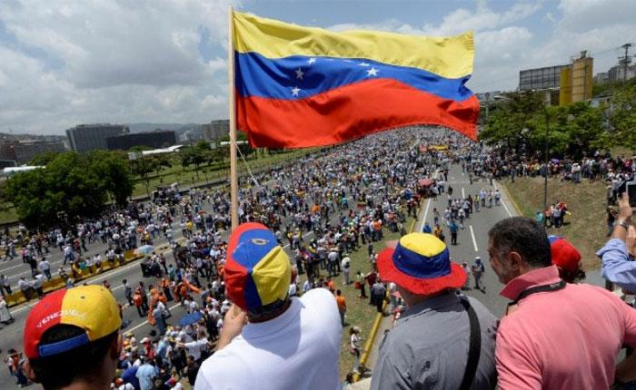 """Minuto a Minuto: Así transcurre la """"Gran Marcha por la Justicia"""" este #18May"""