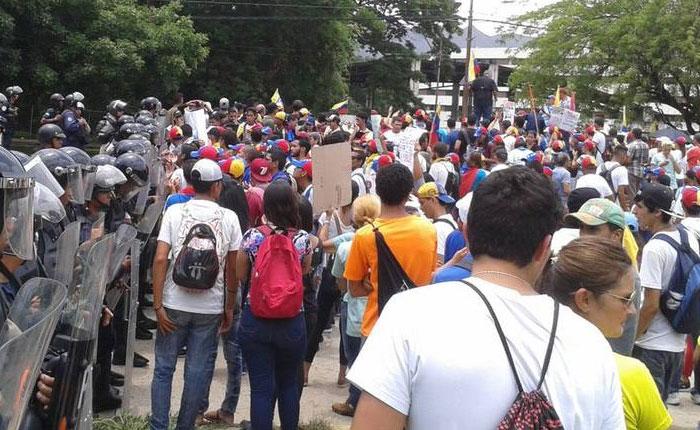 Estudiantes se movilizarán mañana desde Altamira a la plaza de Chacao