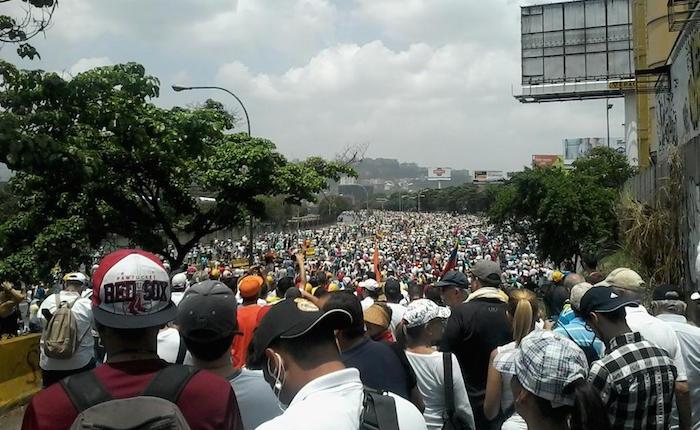 Oposición marchará hacia el CNE en todos los estados del país