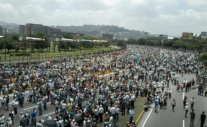 La Fiscal prendió la calle, por José Domingo Blanco