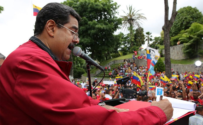 Maduro pide a la ANC penar con 25 años de cárcel a ladrones y bachaqueros de productos CLAP