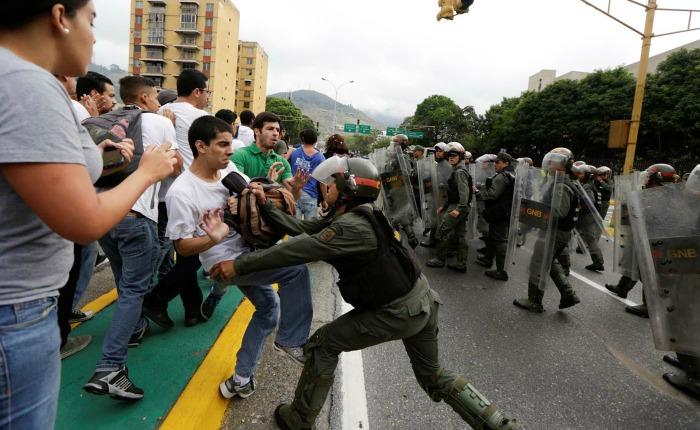 Abuso-Protestas-Venezuela.jpg