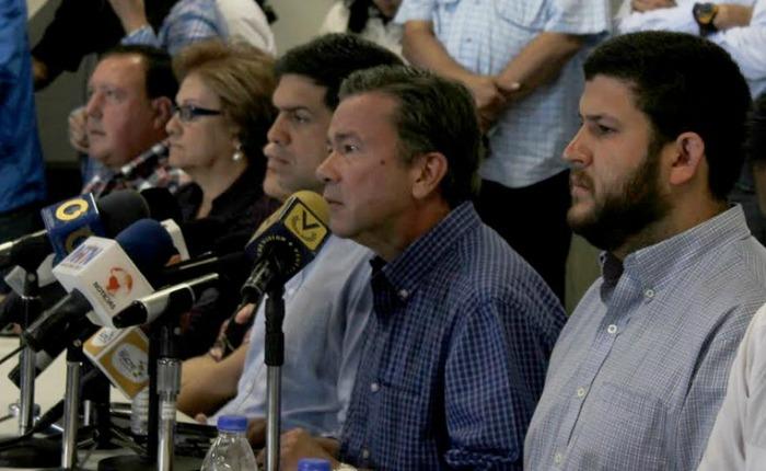 Alcaldes de la MUD: Seguimos apoyando la protesta y repudiando la guarimba