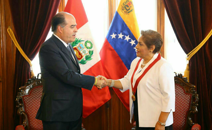 Borges afirma en Perú que el problema venezolano puede afectar toda la región