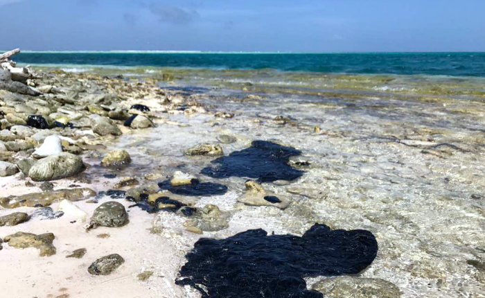 PDVSA afirma que sanearon costas venezolanas afectadas por derrame de petróleo