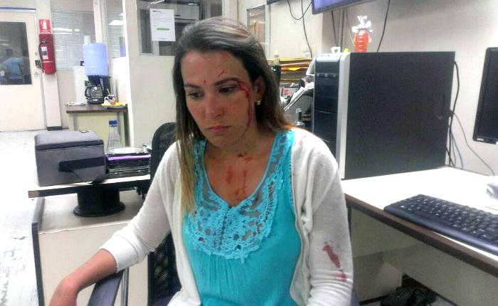 Al menos ocho periodistas agredidos deja represión durante manifestación del #22May
