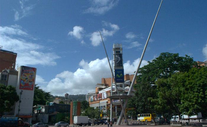 PlazaAlfredoSadel.jpg
