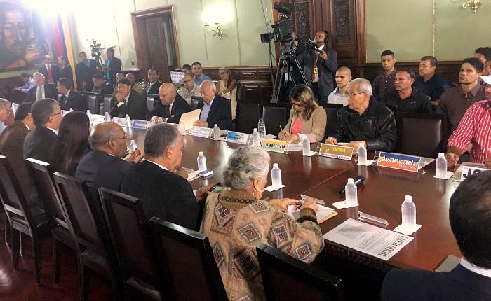 Reunión de la Comisión para la Constituyente fue un fracaso