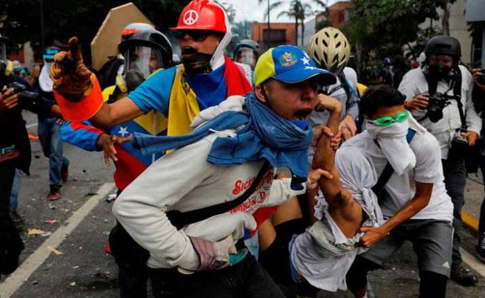 Más de 100 heridos por represión este #19Jun entre Salud Chacao y Baruta