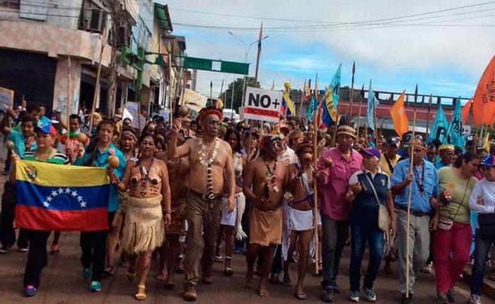 Liborio y sus chamanes concretaron maldición indígena contra gobierno de Maduro