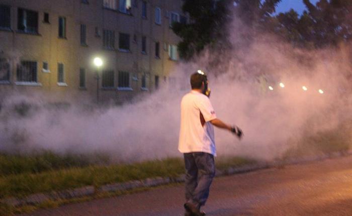 Denuncian represión a urbanizaciones en Barquisimeto y Los Teques la noche del sábado
