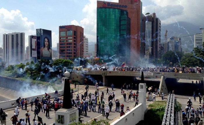 La dictadura no tiene porvenir, por Carlos Valero