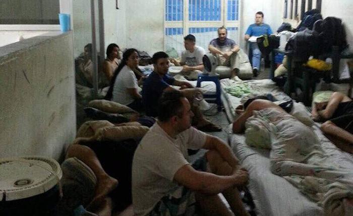 FUncionarios PoliChacao presos  Cortesía @jesusmedinae