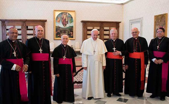 Papa Francisco expresó su preocupación por situación en Venezuela a obispos de la CEV