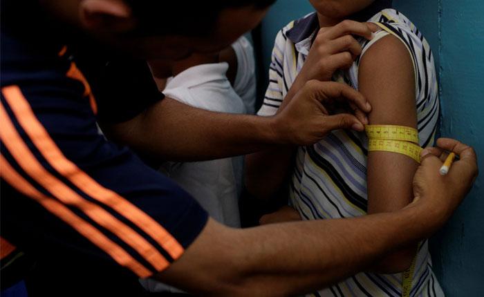 Cáritas: 280 mil niños podrían morir por desnutrición