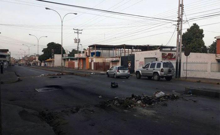 José Figuera, herido en Maracay, está vivo pero delicado de salud