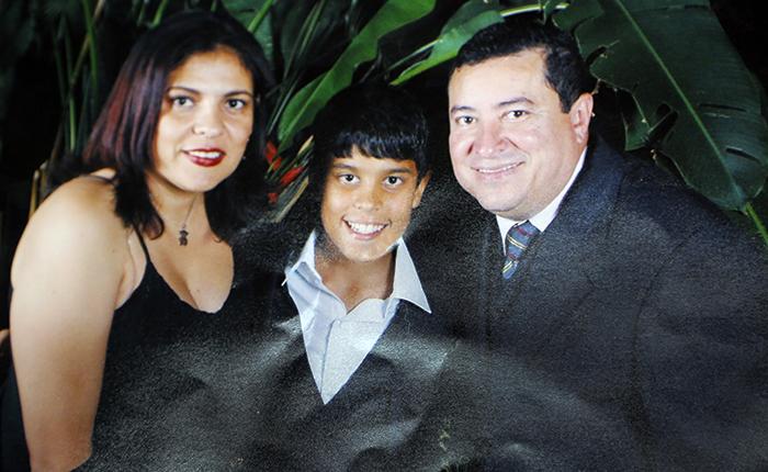 """Padre de Juan Pernalete: """"Mi hijo es mi héroe porque es un ejemplo a seguir"""""""