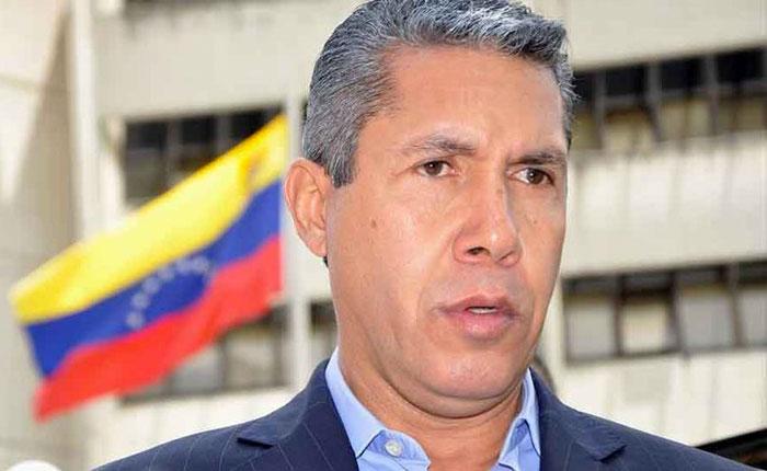 Henri Falcón solicitó a la Fiscal General dar celeridad a las investigaciones