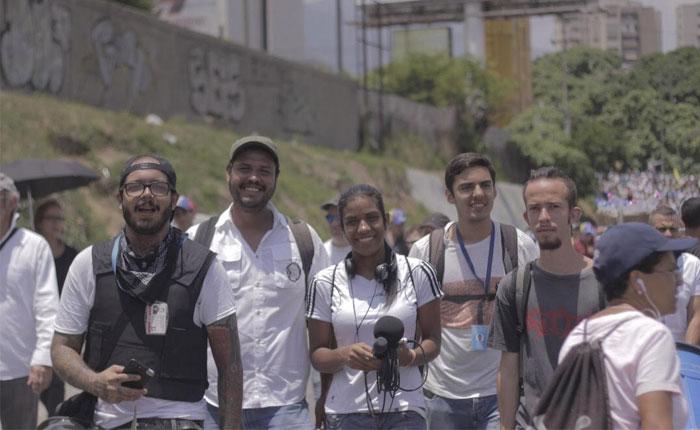 """En línea """"Humano Derecho Radio Estación"""": La emisora web del activismo y la música venezolana"""