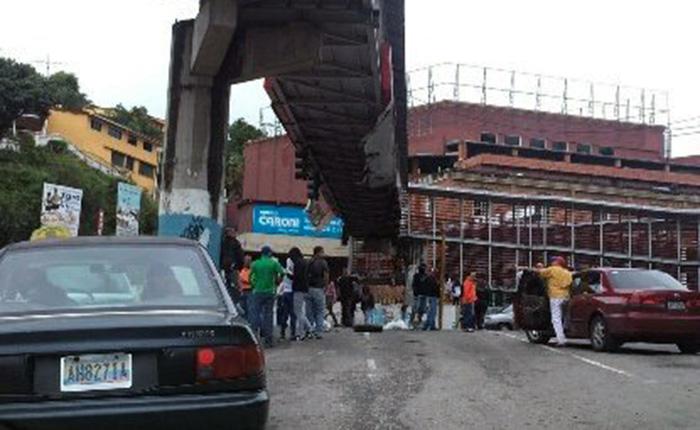 GNB detiene a trabajadores y menores de edad que protestaban en Montaña Alta
