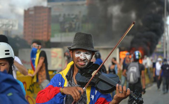 Violinista Wuilly Arteaga Protestas