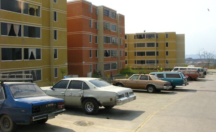 Denuncian dos ajusticiamientos en urbanismos de Misión Vivienda en Caracas
