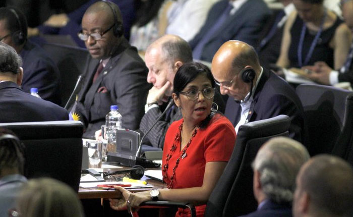 Delcy Rodríguez volvió a insultar en la OEA a quienes no aplauden crisis en Venezuela