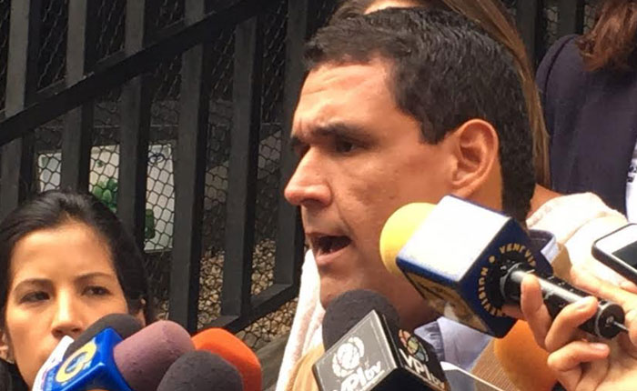 """Diputado Matheus solicitó al TSJ calificar """"falta grave"""" del defensor del Pueblo"""