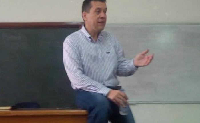 jorge-enrique-machado-prof-filosofia-e1495331107388.jpg