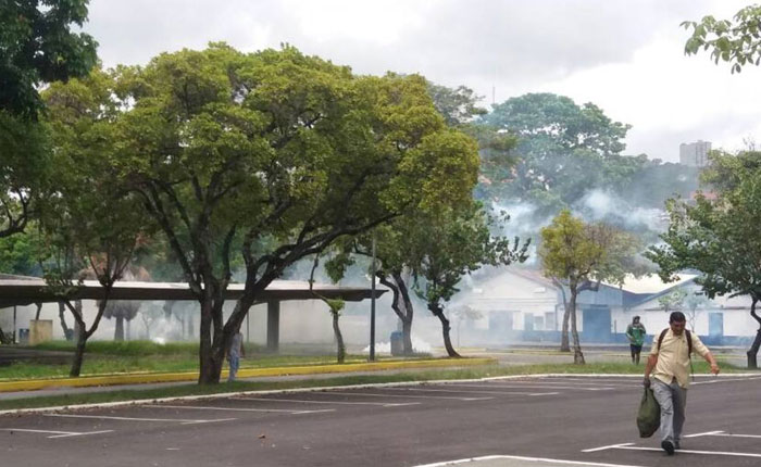 Reportaron siete heridos tras represión a estudiantes en la UCV