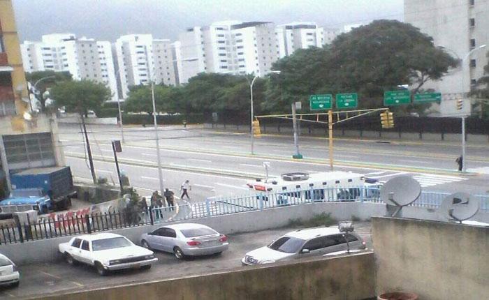 Retiran contingente de la GNB que bloqueaba accesos al TSJ desde la mañana
