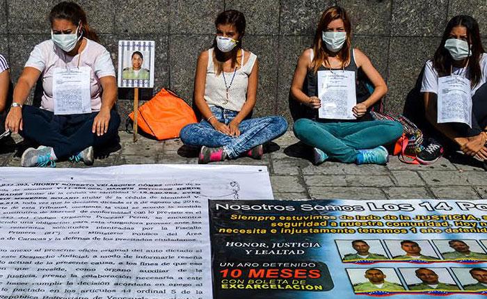 Familiares de los 14 Polichacao iniciaron huelga de hambre