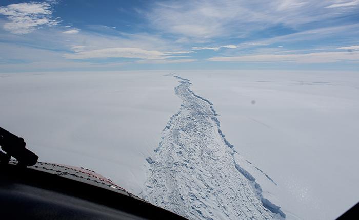 Antártida-Iceberg.jpg