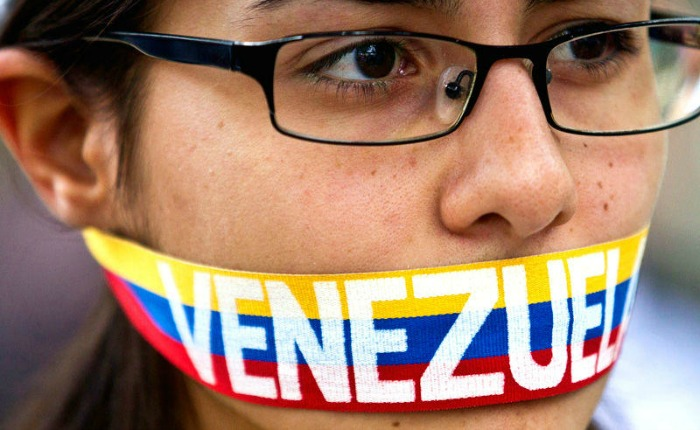 """Reporteros Sin Fronteras: """"Maduro se empeña en hacer callar a la prensa en Venezuela"""""""