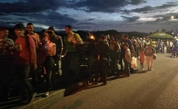 EEUU planea donar fondos a la ONU para ayudar a desplazados venezolanos