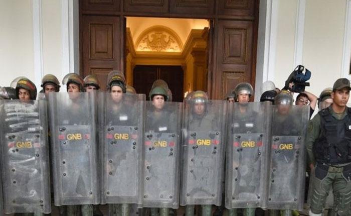 Suspendieron sesión de la AN porque la GNB no dejó entrar a los medios