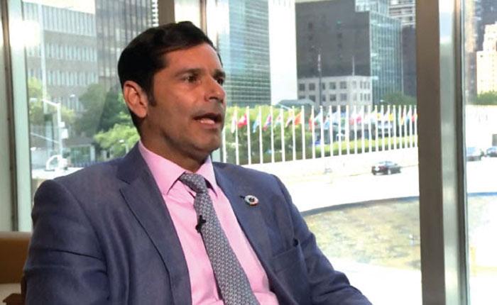 Las renuncias de diplomáticos ante las dictaduras de América Latina, por Milos Alcalay