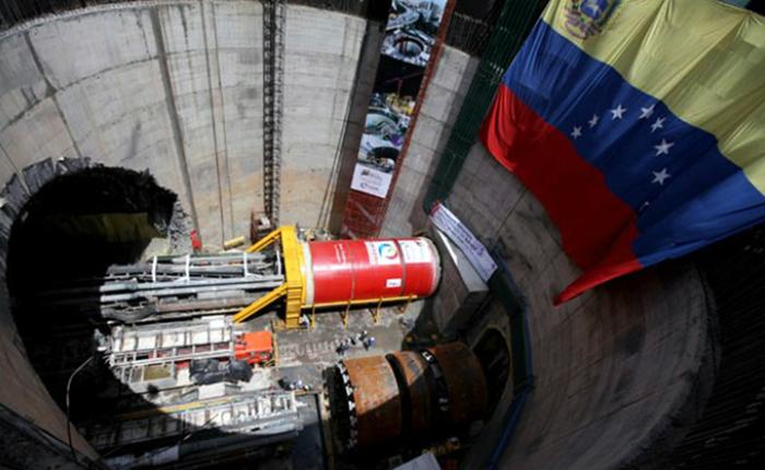 Gobierno destinó 16 mil millones dólares a obras de Odebrecht que no han sido entregadas
