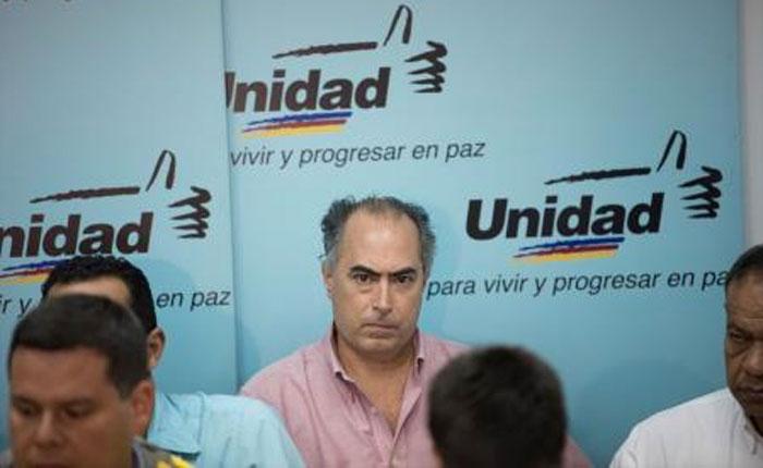 runrun.es - El hombre número 19 y la granada pisapapeles: las irregularidades del expediente de Picón