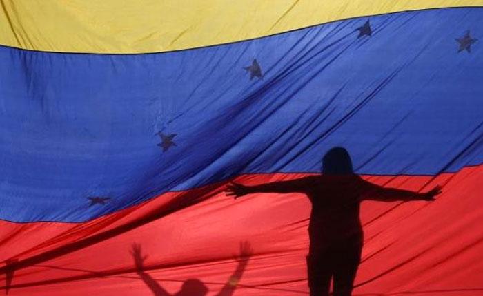 Legitimidad, gobernabilidad y gobernanza, por José Toro Hardy
