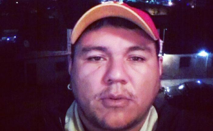 Alejandro Zerpa se cosió los labios e inició huelga de hambre