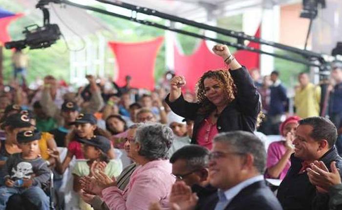 """Maduro """"premió"""" con la espada de Bolívar a varios sancionados por Estados Unidos"""