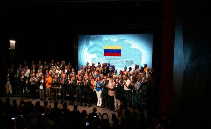 """Oposición apela al """"voto protesta"""" como lucha contra la abstención"""